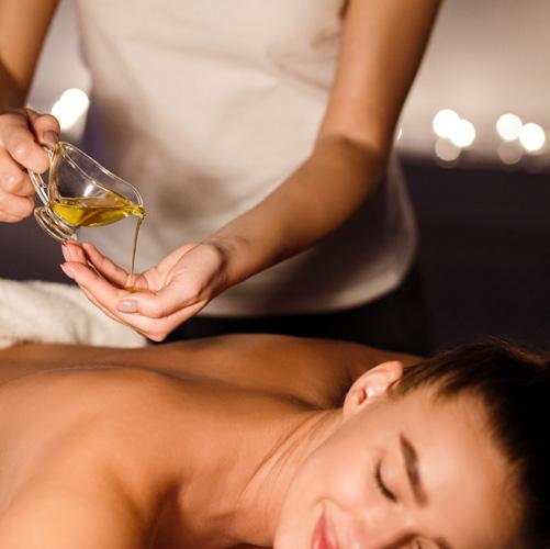 Massage aux Huiles Prestigieuses